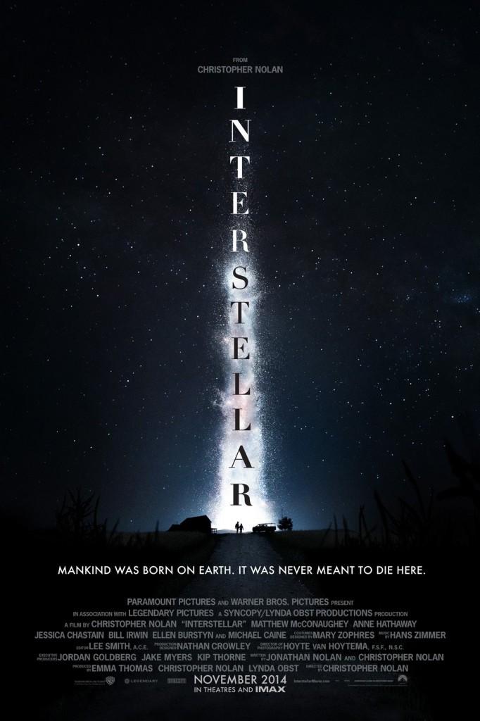Yıldızlararası / Interstellar (2014) IMDb: 8.6 Filmin geçtiği yakın gelecekte yeryüzünde yaşam, artan kuraklık ve iklim değişiklikleri nedeniyle tehlikeye girmiştir. İnsan ırkı yok olma tehlikesiyle yüz yüzedir. Derken yeni keşfedilmiş bir solucan deliği, tüm insanlık için umut olur. Buradan geçip boyut değiştirerek daha önce hiçbir insanoğlunun erişemediği yerlere ulaşmak ve insanoğlunun yeni yaşam alanlarını araştırmak ise bir grup astronot-kaşife kalır. Bu kaşifler, geçen 1 saatin dünyadaki 7 yıla bedel olduğu ortamda hem hızlı ve cesur olmak zorunda kalacaklardır. http://www.imdb.com/title/tt0816692/